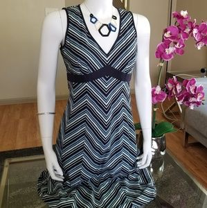 New! Fabulous LOFT V Neck Dress